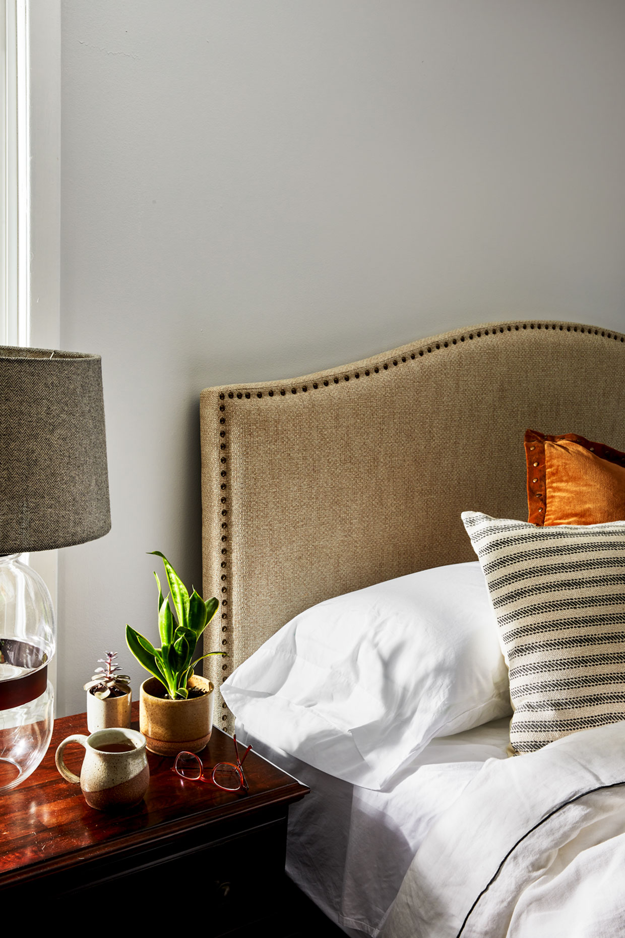 Allswell-Americano-Jet-Bedding-Soft-Goods-Still-Life-Photography-Photographer-New-York-Rick-Holbrook-Bedside-Interiors