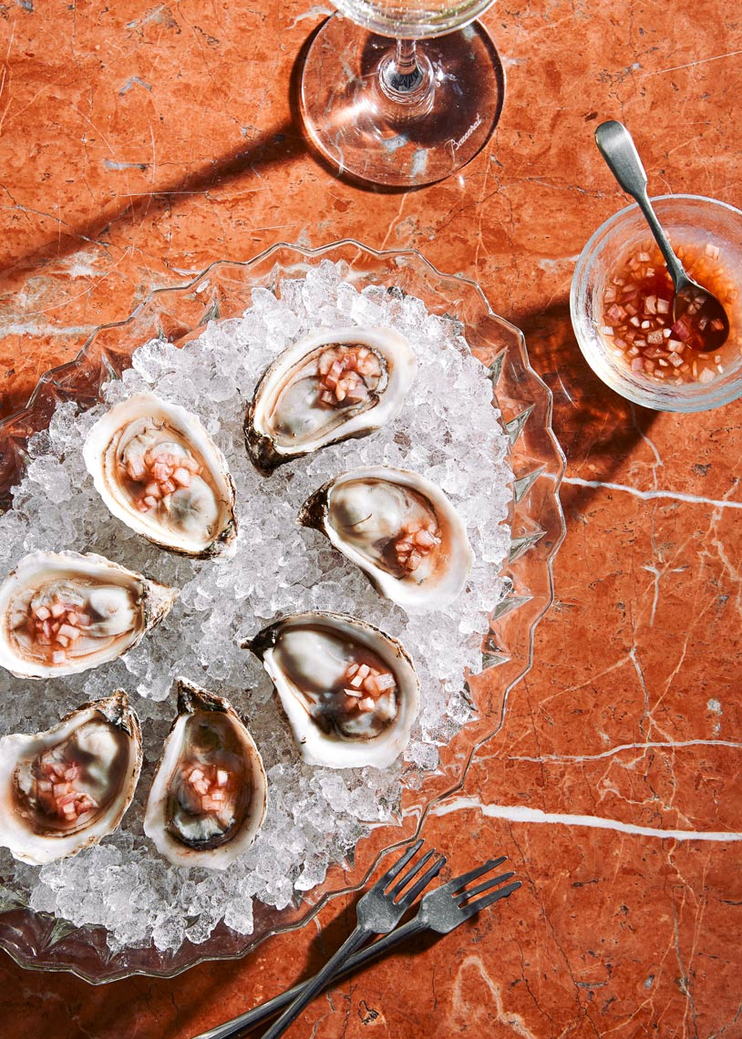 Oysters-Mignonette-Marble-Crystal-Food-Photographer-Crushed-Ice